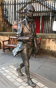 Robert Fergusson statue